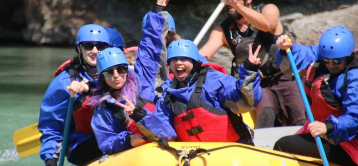 Rafting with friends on the Kananaskis Surf Trip